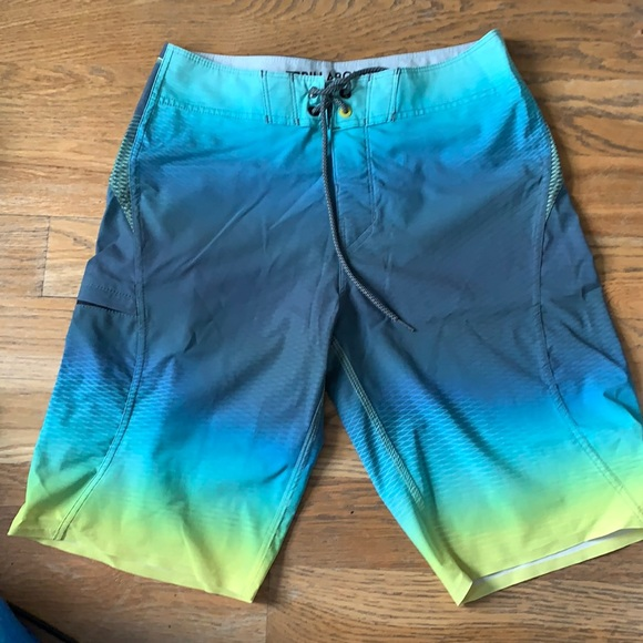 Billabong board shorts platinum X Fluid